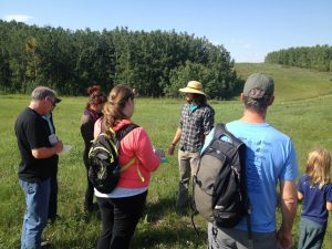 A group of students getting ready to forage with their instructor